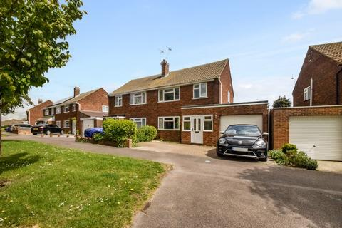 3 bedroom semi-detached house for sale - Wooldeys Road, Rainham, Gillingham, ME8