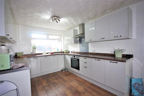 3 bedroom terraced house for sale - Littleham Close, Hull, HU7