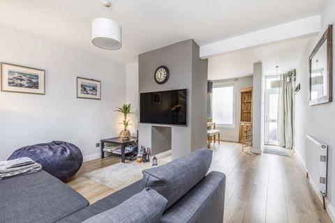 3 bedroom terraced house to rent - Cleveland Road, Southsea