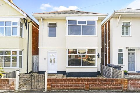 3 bedroom detached house for sale - Burleigh Road, Southbourne, BH6