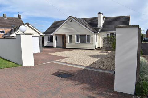 4 bedroom detached bungalow for sale - Bedford Road, Cranfield, Bedford