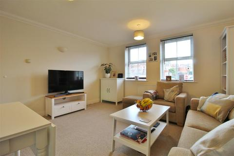 2 bedroom flat for sale - Southbourne Road, Bournemouth