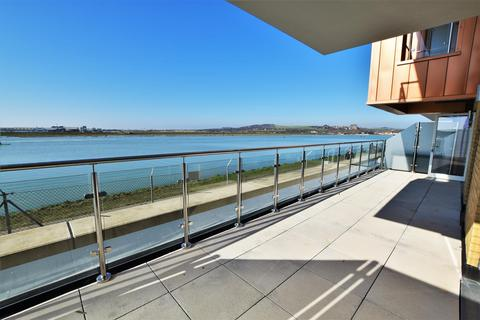 2 bedroom apartment for sale - Oyster Catcher Apartments, The Waterfront