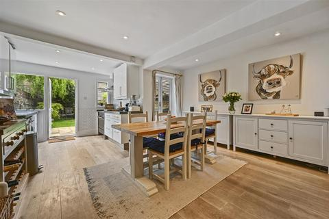 3 bedroom terraced house to rent - Westville Road, London, W12