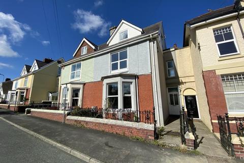 4 bedroom terraced house for sale - 8 St Davids Avenue, Carmarthen