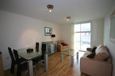 1 bedroom apartment to rent - Warwick Building, Chelsea Bridge Wharf, London, SW11