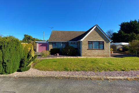 2 bedroom detached bungalow for sale - St. Firmins Way, Thurlby, Bourne