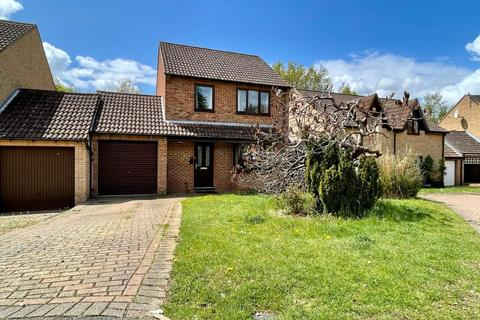 3 bedroom detached house for sale - Sentinel Road, West Hunsbury, Northampton, NN4