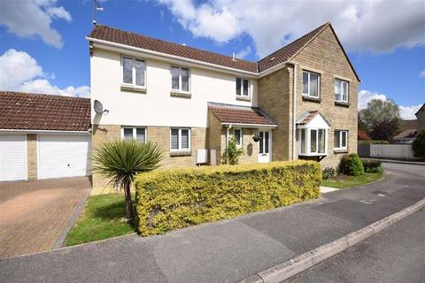 3 bedroom semi-detached house for sale - Awdry Close, Chippenham, Wiltshire, SN14