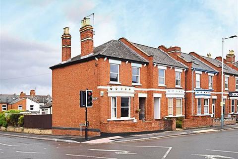 3 bedroom terraced house for sale - Gloucester Road, Cheltenham, Gloucestershire