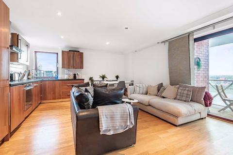 3 bedroom flat for sale - Ferryman's Quay, Fulham, London, SW6