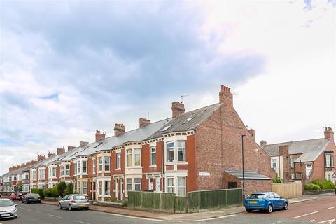 2 bedroom flat for sale - Simonside Terrace, Newcastle Upon Tyne