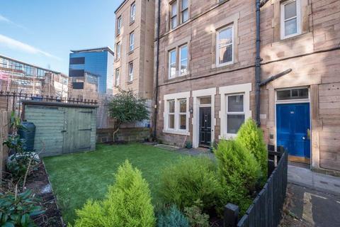 2 bedroom flat to rent - GARDNERS CRESCENT, FOUNTAINBRIDGE, EH3 8DF