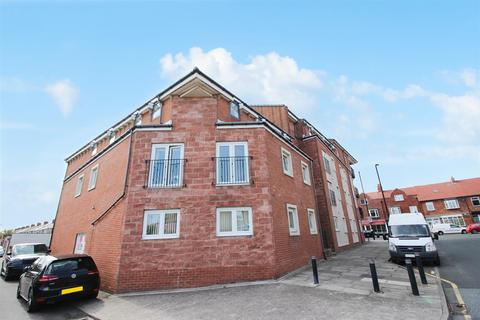 2 bedroom apartment for sale - Bromley Avenue, Whitley Bay