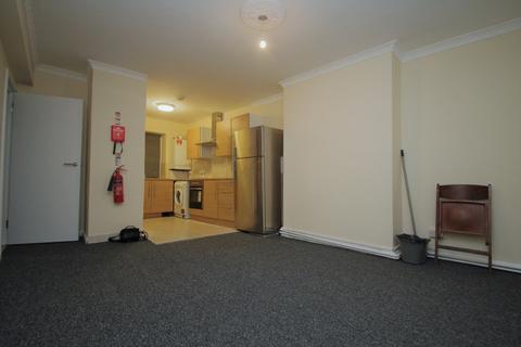 2 bedroom flat for sale - Charlton Court, High Street South, London, E6