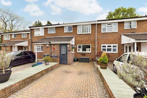 3 bedroom terraced house for sale - Ryland Close, Feltham, TW13
