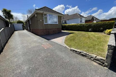 2 bedroom detached bungalow for sale - Baker Road, Bournemouth