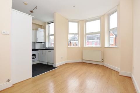 3 bedroom flat to rent - Albert Road Alexandra Park N22