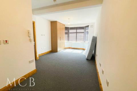 1 bedroom flat to rent - Somerset Road, Southall