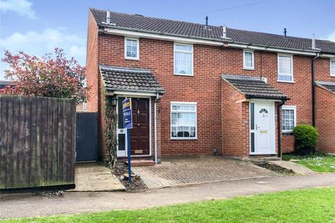 3 bedroom end of terrace house for sale - Pottery Road, Tilehurst, Reading, RG30