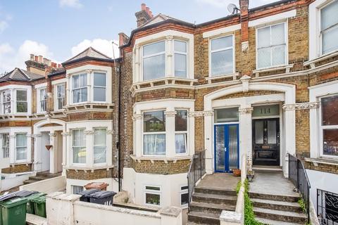 2 bedroom flat for sale - Drakefell Road London SE14