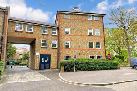 Studio for sale - Elmgreen Close, Stratford