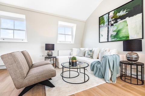 2 bedroom flat for sale - Salcott Road, Battersea