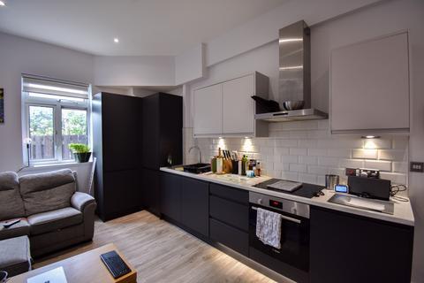 1 bedroom flat to rent - Guys Retreat, North End, Buckhurst Hill IG9