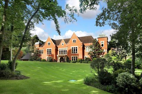 8 bedroom house for sale - East Road, St. George's Hill , Weybridge. KT13