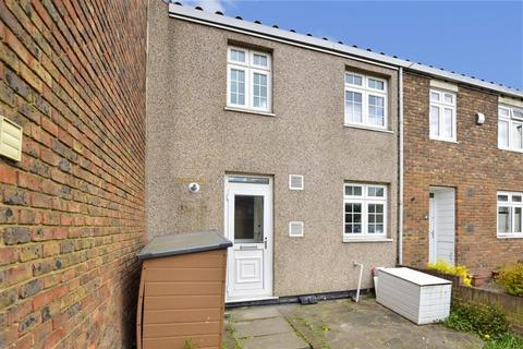 3 bedroom terraced house for sale - Cypress Path, Romford, Essex