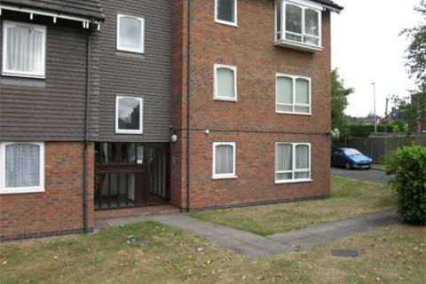 1 bedroom ground floor flat to rent - WORDSLEY - Bracken Park Gardens