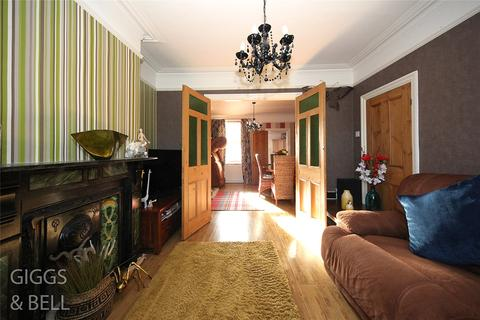 3 bedroom terraced house for sale - Havelock Road, Luton, LU2