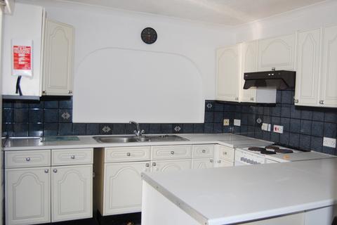 3 bedroom bungalow to rent - Oakside,  Denham, UB9