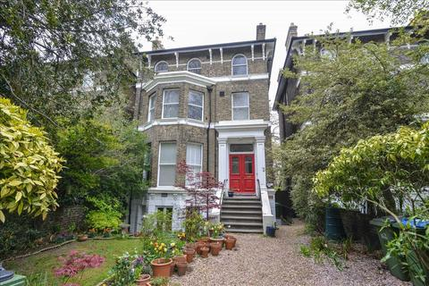2 bedroom apartment to rent - Beaconsfield Road, London