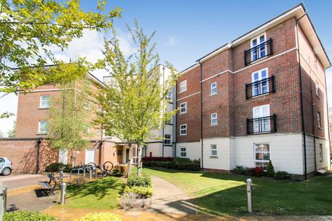 1 bedroom apartment to rent - Merrill House, Kenley Place, North Camp Village, Hampshire, GU14