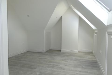 1 bedroom flat to rent - Lady Margaret Road , UB1