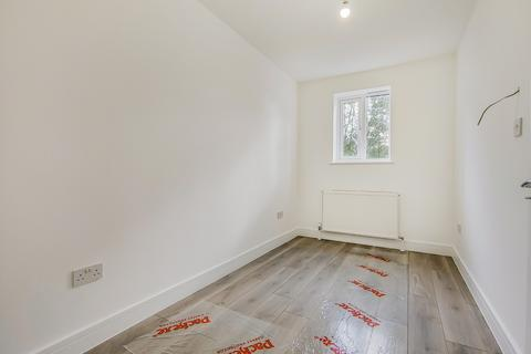 5 bedroom house share to rent - Piedmont Road, Plumstead, London, SE18
