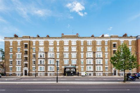 1 bedroom flat for sale - Waleran Flats, Old Kent Road, London, SE1