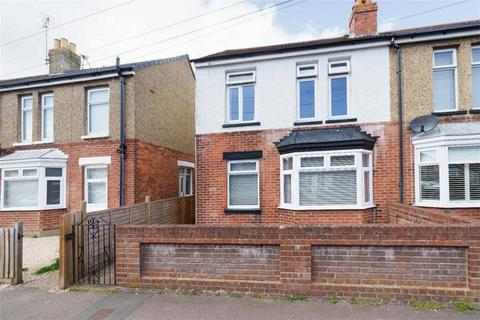 3 bedroom semi-detached house for sale - Dorrien Road, Gosport, Hampshire