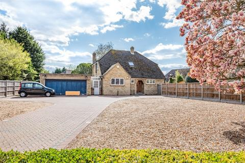 3 bedroom detached house for sale - Main Road, Biddenham, Bedford