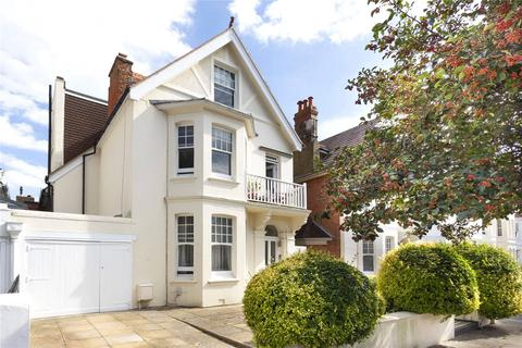 Studio to rent - Walsingham Road, Hove, East Sussex, BN3