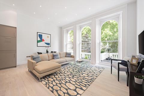1 bedroom flat for sale - Cornwall Gardens, South Kensington, London, SW7