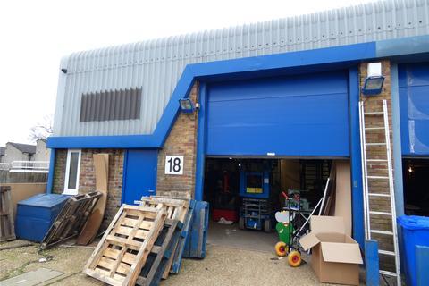 Industrial unit to rent - Hazel Road, Four Marks, Alton, GU34
