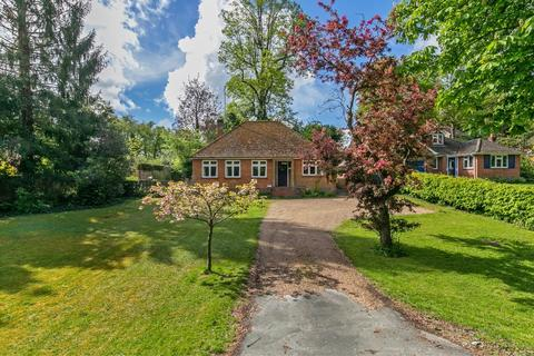 3 bedroom detached bungalow for sale - Milnthorpe Lane, Winchester, SO22