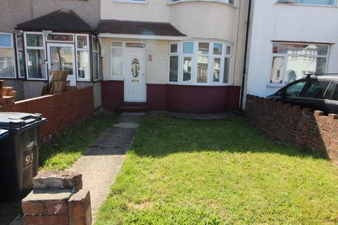 3 bedroom terraced house to rent - Somerset Road, Southall