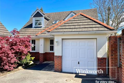3 bedroom detached bungalow for sale - Waltham Road, Bournemouth, BH7