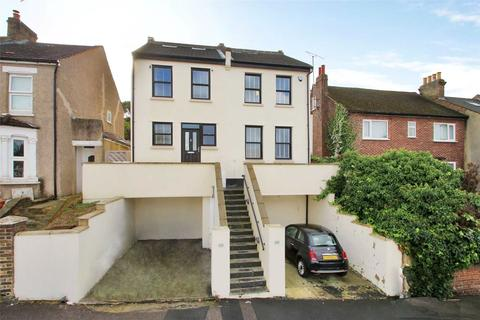 3 bedroom semi-detached house to rent - Kentish Road, Belvedere, DA17