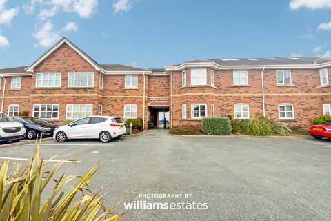 3 bedroom apartment for sale - Hilton Drive, Rhyl