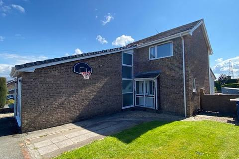 4 bedroom detached house for sale - Llanfairpwllgwyngyll, Anglesey