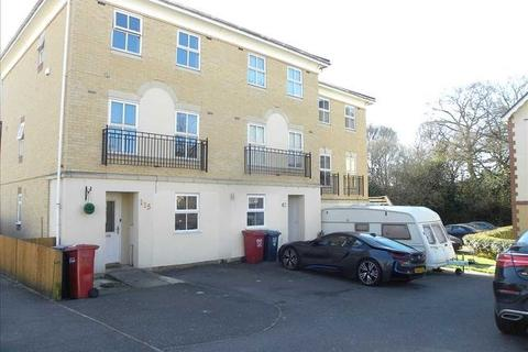 3 bedroom townhouse to rent - Hurworth Avenue, Slough, SL3